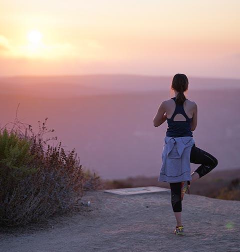 yoga2-home-footer-image-4